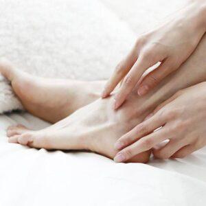 خشکی پوست ساق پا